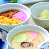 Steamed savory egg custard / Steamed sushi